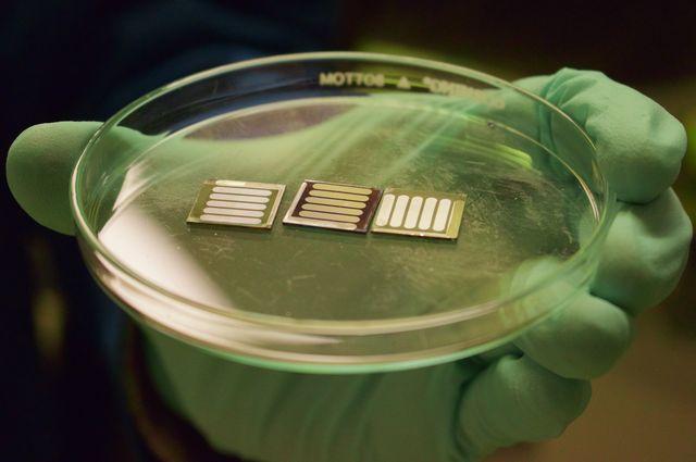 Perovskite+cells_mid